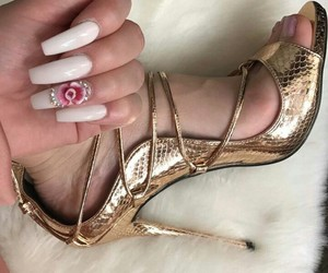 flowers, design nails, and heels image