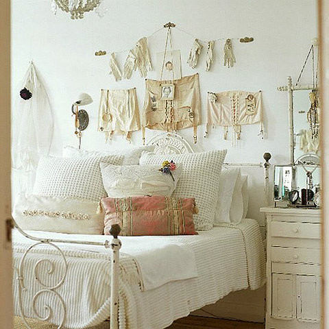 Vintage Bedroom Decorations | Vintage Decorating Ideas ...