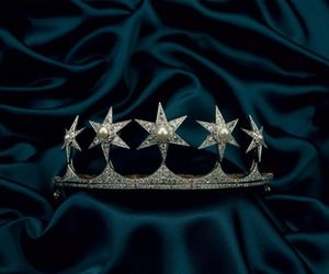 crown, diamonds, and stars image