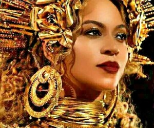 beyonce knowles, grammy awards, and queen bey image