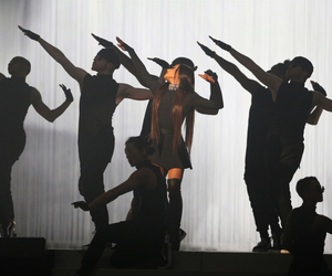 ariana grande, dangerous woman tour, and ari image