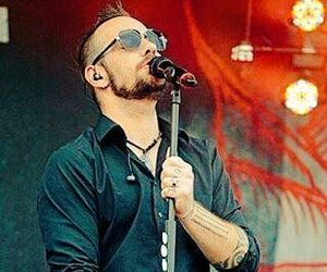 three days grace, adam gontier, and saint asonia image