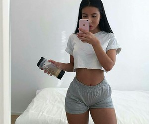 cozy, iphone, and body goals image