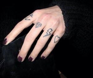 finger and tats image