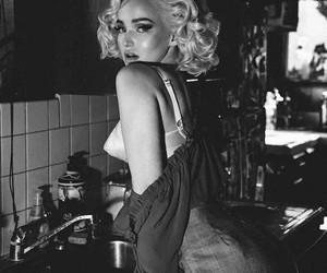dove cameron and Marilyn Monroe image