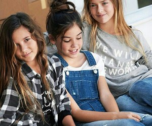 fashion, kristina pimenova, and friends image