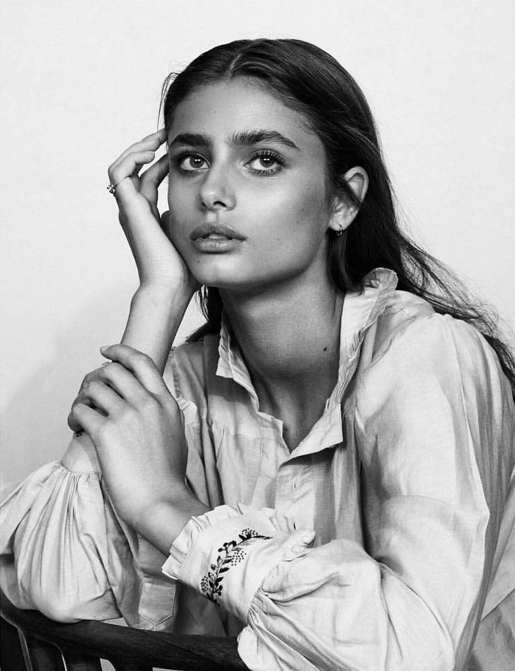 taylor hill, model, and girl image