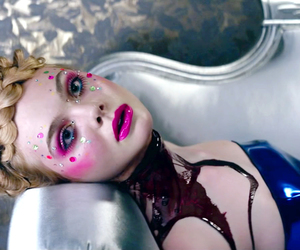 the neon demon, Elle Fanning, and movie image
