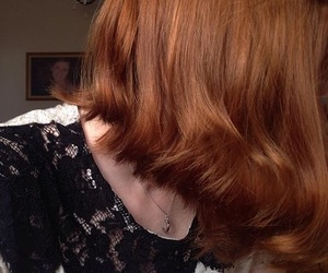 hair, inspiration, and necklace image