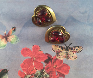 collectible, costume jewelry, and vintage jewelry image