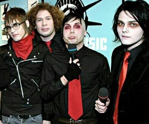 mcr, band, and frank iero image