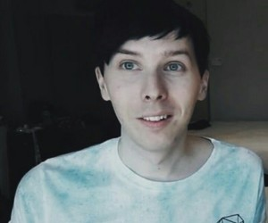 phil lester and @amazingphil image