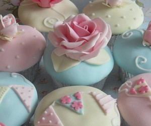 beautiful, cupcakes, and floral image