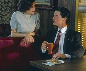 Audrey Horne, Twin Peaks, and dale cooper image