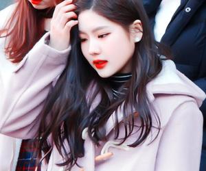 k-pop, hyeyeon, and gugudan image