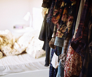 clothes, vintage, and bedroom image