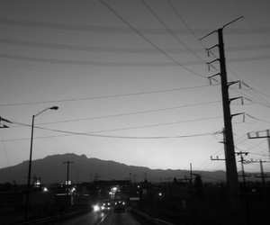 black and white, blanco y negro, and city image