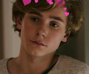skam, isak, and evak image