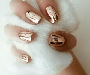 gold, nail, and nail art image