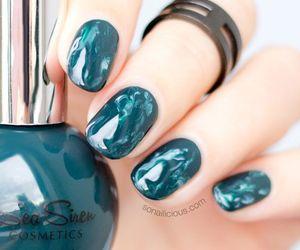 nail art and green marble image