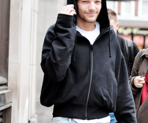 lou, 1d, and louis tomlinson image