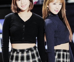 kpop, pink, and ohhayoung image