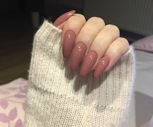 beauty, long nails, and nails image