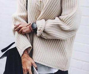 bag, moda, and sweather image