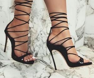 black, fashion, and blogger image