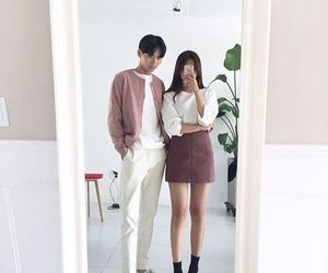 ulzzang, couple, and kfashion image
