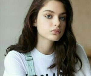 girl, odeya rush, and eyes image