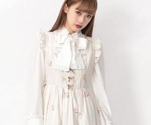 fashion, spring, and japan image