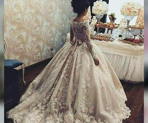 gowns, vintage, and wedding image