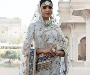 saree, bollywood, and india image