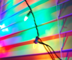 colors, dark, and holographic image