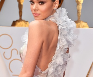 oscars, red carpet, and hailee steinfeld image