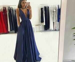 elegante and vestido image