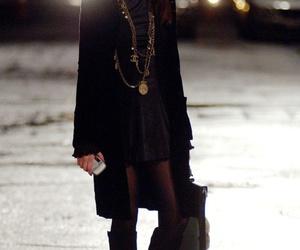 Anne Hathaway, fashion, and the devil wears prada image