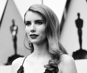 oscar, emma roberts, and red carpet image