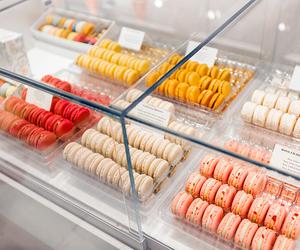 food, macarons, and yummy image