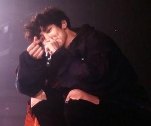 exo, chanyeol, and heart image
