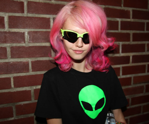 girl, alien, and fashion image