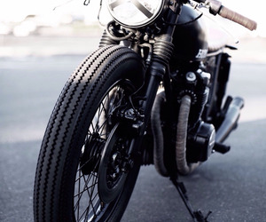 motorcycle, motorbike, and cafe racer image