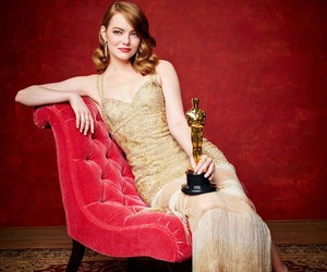 emma stone, oscar, and la la land image