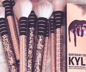 Brushes, makeup, and accessories image