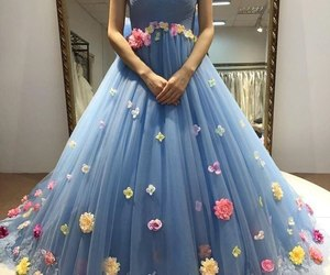 dress, style, and 2018 evening dresses image