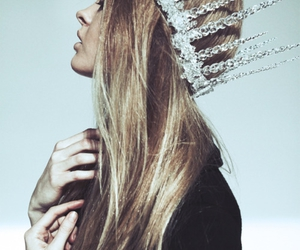 crown, hair, and editorial image