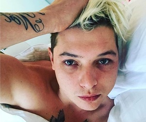 😍, iloveu, and johnnewman image