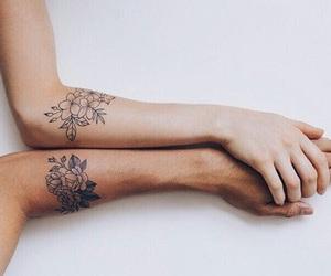 bianco e nero, tatuaggio, and black and white image