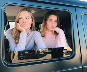best friends and car image